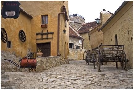 Cetatea-Rasnov interior